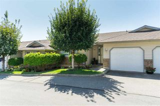 "Main Photo: 27 2023 WINFIELD Drive in Abbotsford: Abbotsford East Townhouse for sale in ""Meadow View"" : MLS®# R2394321"