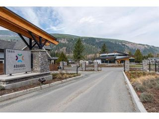 """Photo 2: 63 1885 COLUMBIA VALLEY Road in Cultus Lake: Lindell Beach House for sale in """"Aquadel Crossing"""" : MLS®# R2408763"""