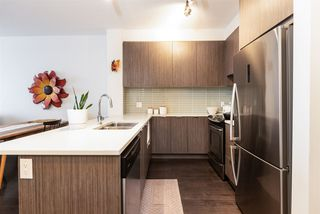 Photo 2: 409 9168 SLOPES Mews in Burnaby: Simon Fraser Univer. Condo for sale (Burnaby North)  : MLS®# R2412186