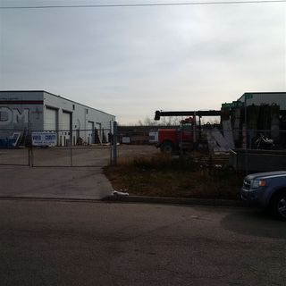 Photo 2: 8059 Coronet Road NW in Edmonton: Zone 41 Industrial for sale : MLS®# E4180133