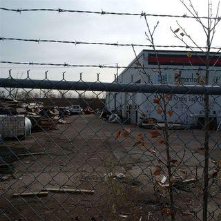 Photo 7: 8059 Coronet Road NW in Edmonton: Zone 41 Industrial for sale : MLS®# E4180133