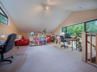 "Photo 14: 7980 COOPER Road in Halfmoon Bay: Halfmn Bay Secret Cv Redroofs House for sale in ""WELCOME WOODS"" (Sunshine Coast)  : MLS®# R2427808"