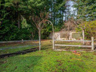 "Photo 20: 7980 COOPER Road in Halfmoon Bay: Halfmn Bay Secret Cv Redroofs House for sale in ""WELCOME WOODS"" (Sunshine Coast)  : MLS®# R2427808"
