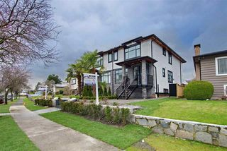 Main Photo: 3047 E 59TH Avenue in Vancouver: Fraserview VE House 1/2 Duplex for sale (Vancouver East)  : MLS®# R2438015