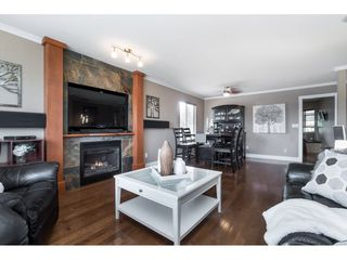 """Photo 4: 22172 46 Avenue in Langley: Murrayville House for sale in """"Murrayville"""" : MLS®# R2451632"""