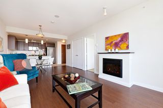 Photo 5: 2209 280 ROSS Drive in New Westminster: Fraserview NW Condo for sale : MLS®# R2465378