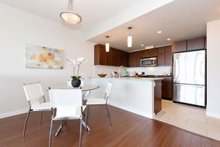 Photo 7: 2209 280 ROSS Drive in New Westminster: Fraserview NW Condo for sale : MLS®# R2465378