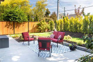 Photo 8: 2290 Estevan Ave in Oak Bay: OB Estevan Half Duplex for sale : MLS®# 837922