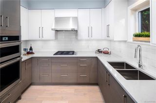 Photo 19: 2290 Estevan Ave in Oak Bay: OB Estevan Half Duplex for sale : MLS®# 837922