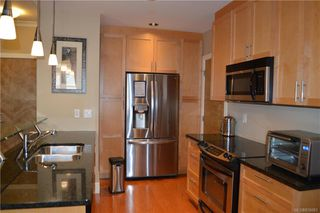 Photo 13: 203 769 Arncote Ave in Langford: La Langford Proper Condo Apartment for sale : MLS®# 836683