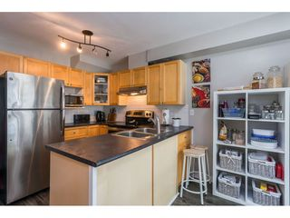 """Photo 6: 84 12099 237 Street in Maple Ridge: East Central Townhouse for sale in """"Gabriola"""" : MLS®# R2489059"""