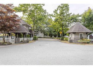 """Photo 3: 84 12099 237 Street in Maple Ridge: East Central Townhouse for sale in """"Gabriola"""" : MLS®# R2489059"""