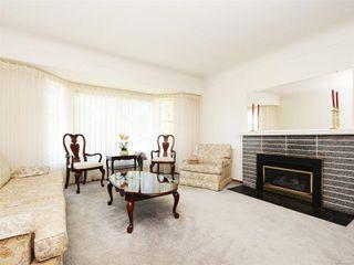 Photo 6: 3807 Merriman Dr in : SE Cedar Hill House for sale (Saanich East)  : MLS®# 854201