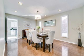 Photo 6: 37 Sycamore Dr in Markham: Aileen-Willowbrook Freehold for sale : MLS®# N4933525