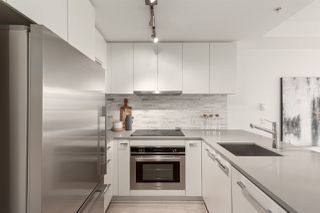 """Photo 5: 311 2468 BAYSWATER Street in Vancouver: Kitsilano Condo for sale in """"The Bayswater"""" (Vancouver West)  : MLS®# R2518860"""