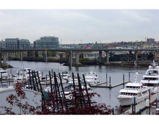 Photo 9: # 606 1201 MARINASIDE CR in Vancouver: Yaletown Condo for sale (Vancouver West)  : MLS®# V826272