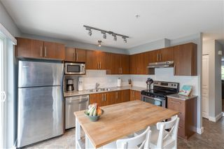 """Photo 9: 5 20038 70 Avenue in Langley: Willoughby Heights Townhouse for sale in """"Daybreak"""" : MLS®# R2388189"""