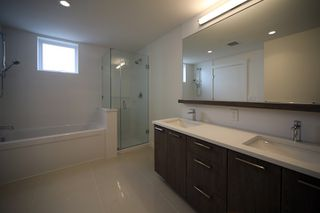 """Photo 7: 306 625 E 3RD Street in North Vancouver: Lower Lonsdale Condo for sale in """"Kindred Moodyville"""" : MLS®# R2396884"""