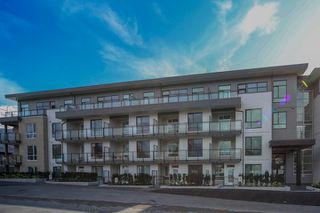 """Photo 1: 306 625 E 3RD Street in North Vancouver: Lower Lonsdale Condo for sale in """"Kindred Moodyville"""" : MLS®# R2396884"""