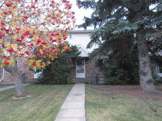 Photo 1: 9201 Morinville Drive in Morinville: Townhouse for rent