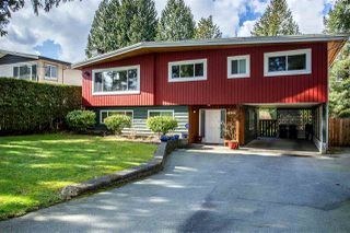 Photo 1: 952 LILLIAN Street in Coquitlam: Harbour Chines House for sale : MLS®# R2445645
