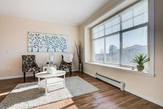 "Photo 5: 1 22466 NORTH Avenue in Maple Ridge: East Central Townhouse for sale in ""NORTH FRASER ESTATES"" : MLS®# R2449655"