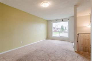 Photo 4: 108 CASTLEBROOK Rise NE in Calgary: Castleridge Detached for sale : MLS®# C4296334