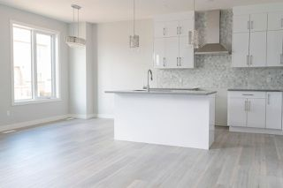 Photo 9: 212 41 Avenue in Edmonton: Zone 30 House for sale : MLS®# E4201776
