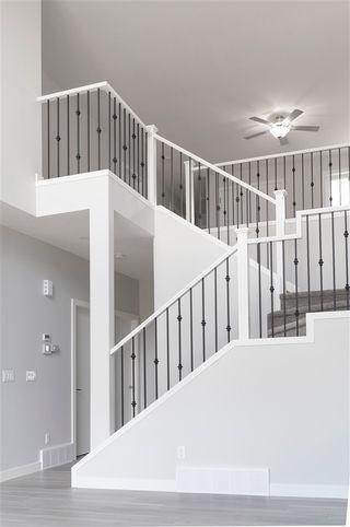 Photo 3: 212 41 Avenue in Edmonton: Zone 30 House for sale : MLS®# E4201776