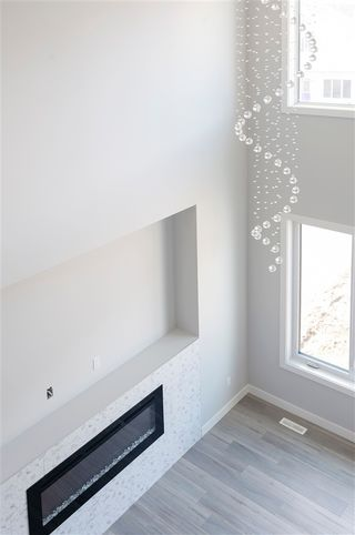 Photo 5: 212 41 Avenue in Edmonton: Zone 30 House for sale : MLS®# E4201776