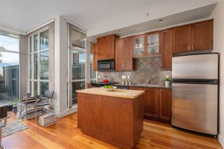 """Photo 11: 217 2515 ONTARIO Street in Vancouver: Mount Pleasant VW Condo for sale in """"ELEMENTS"""" (Vancouver West)  : MLS®# R2470291"""