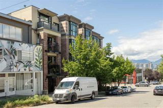"""Photo 18: 217 2515 ONTARIO Street in Vancouver: Mount Pleasant VW Condo for sale in """"ELEMENTS"""" (Vancouver West)  : MLS®# R2470291"""