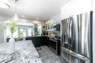 Photo 11: 22 Marchand Place: St. Albert House for sale : MLS®# E4206676