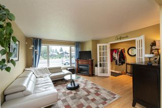 Photo 7: 15721 95 Avenue in Edmonton: Zone 22 House for sale : MLS®# E4214033