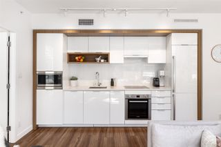 """Photo 5: 709 1661 QUEBEC Street in Vancouver: Mount Pleasant VE Condo for sale in """"VODA"""" (Vancouver East)  : MLS®# R2513079"""