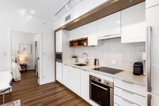 """Photo 6: 709 1661 QUEBEC Street in Vancouver: Mount Pleasant VE Condo for sale in """"VODA"""" (Vancouver East)  : MLS®# R2513079"""