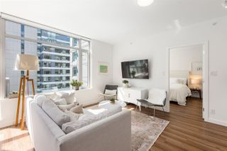 """Photo 7: 709 1661 QUEBEC Street in Vancouver: Mount Pleasant VE Condo for sale in """"VODA"""" (Vancouver East)  : MLS®# R2513079"""