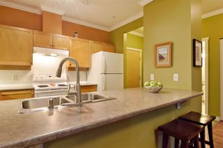 """Photo 8: 107 15 SMOKEY SMITH Place in New Westminster: GlenBrooke North Condo for sale in """"The Westerly"""" : MLS®# R2525727"""
