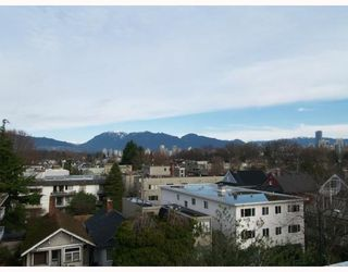 Photo 4: # 402 2036 YORK AV in Vancouver: Condo for sale : MLS®# V808882