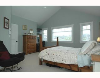 Photo 5: 4878 QUEBEC Street in Vancouver: Main House for sale (Vancouver East)  : MLS®# V641160