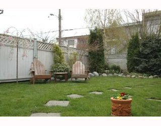 Photo 9: 4878 QUEBEC Street in Vancouver: Main House for sale (Vancouver East)  : MLS®# V641160