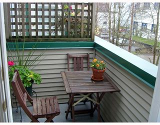 """Photo 10: 409 509 CARNARVON Street in New_Westminster: Downtown NW Condo for sale in """"Hillside Place"""" (New Westminster)  : MLS®# V676253"""