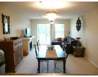 Photo 2: 467 9100 FERNDALE Road in Richmond: McLennan North Condo for sale : MLS®# V713457