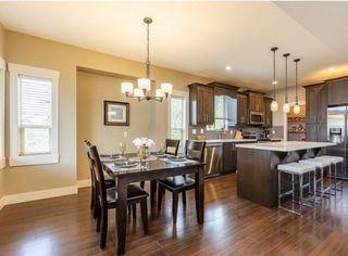 Photo 2: 27883 STAGECOACH Avenue in Abbotsford: Aberdeen House for sale : MLS®# R2400526
