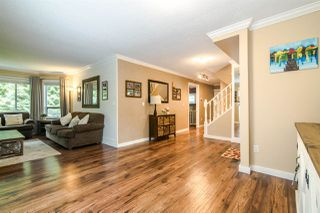 Photo 3: 11 9000 ASH GROVE CRESCENT in Burnaby: Forest Hills BN Townhouse for sale (Burnaby North)  : MLS®# R2401504