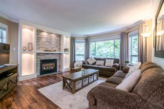 Photo 1: 11 9000 ASH GROVE CRESCENT in Burnaby: Forest Hills BN Townhouse for sale (Burnaby North)  : MLS®# R2401504