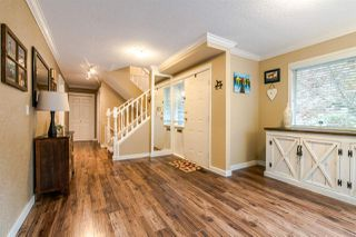 Photo 4: 11 9000 ASH GROVE CRESCENT in Burnaby: Forest Hills BN Townhouse for sale (Burnaby North)  : MLS®# R2401504