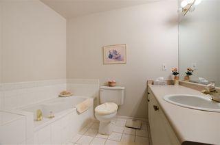 "Photo 11: 420 5518 14 Avenue in Delta: Cliff Drive Condo for sale in ""WINDSOR WOODS"" (Tsawwassen)  : MLS®# R2431173"