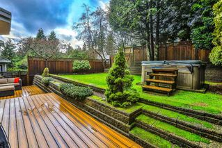 Photo 18: 1725 ORKNEY Place in North Vancouver: Northlands House for sale : MLS®# R2431722