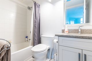 """Photo 17: 1802 438 SEYMOUR Street in Vancouver: Downtown VW Condo for sale in """"THE CONFERENCE PLAZA"""" (Vancouver West)  : MLS®# R2439479"""